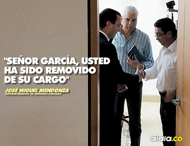 Mendoza se despide de García, los observa Sojo, nuevo presidente (e) de Electricaribe. | AL DÍA