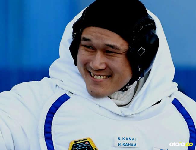 El astronauta japonés Norishige Kanai se disculpó hoy por afirmar que había crecido 9 centímetros durante las tres semanas que ha pasado en la Estación Espacial Internacional | Twitter
