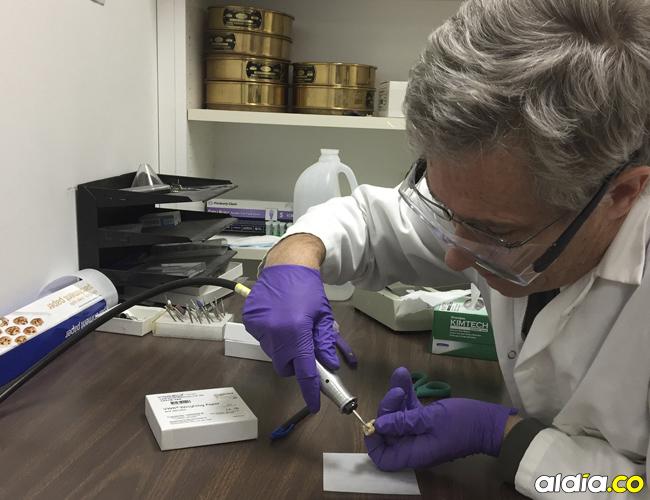 El doctor Glendon Parker, encargado de dirigir la investigación en muestras de 7.000 años de antigüedad. | Cortesía UC Davis