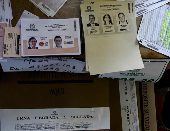 Las consultas interpartidistas definirán los candidatos para las presidenciales del 27 de mayo, cuando se elegirá el sustituto de Juan Manuel Santos | AFP