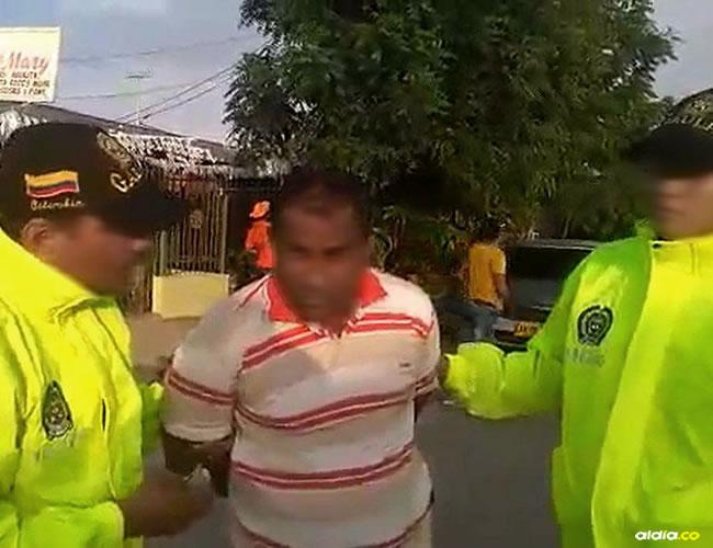 Momento en el que fue capturado el presunto extorsionista, cobijado con medida de aseguramiento privativa de la libertad en la cárcel en el Atlántico | Cortesía