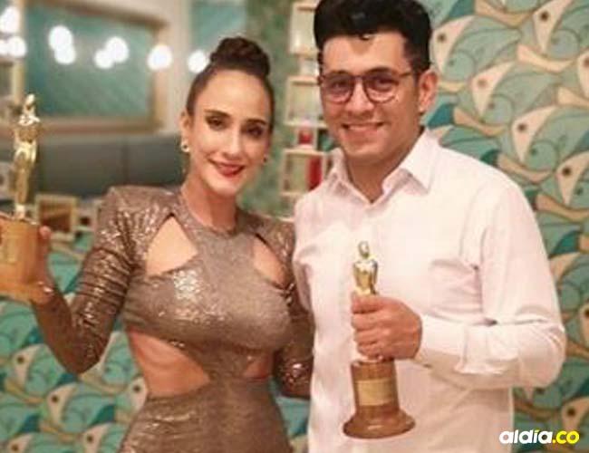 Santiago Alarcón triunfó junto a su esposa Chichila Navia.