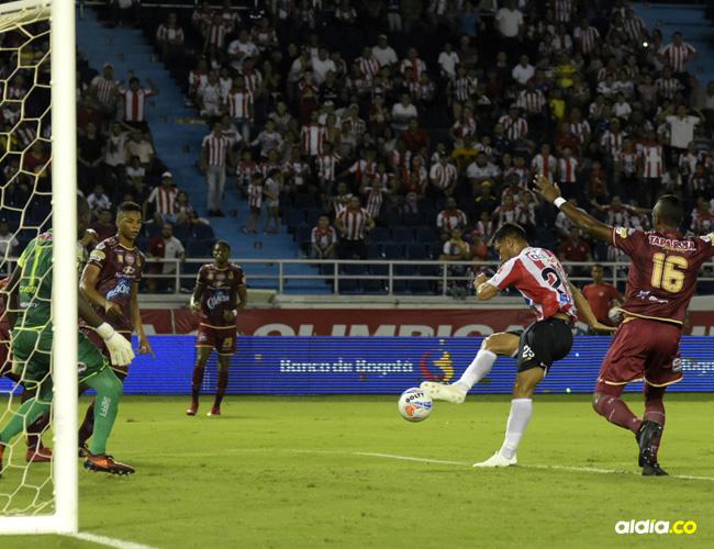 Acción en la que Teo marca el segundo gol de Junior ante Tolima. | Al Día