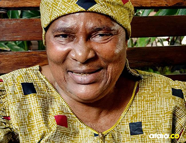 Su deseo es que su hija pueda recibir la educación que ella jamás tuvo y que pueda hacer su vida de una forma diferente | DEEPIKA NATH