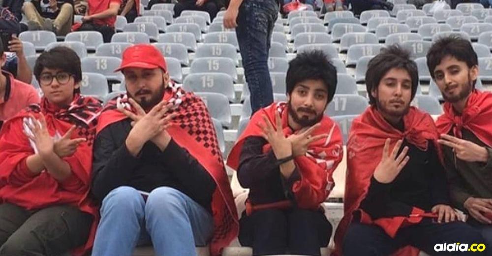 De manera incógnita se infiltraron al estadio para ver a su equipo jugar. | Tomado de: Instagram.