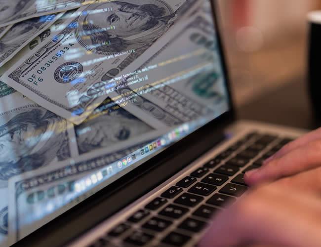 Los internautas critican esta millonaria inversión, pues la aplicación no requiere mucho trabajo | Foto AL DÍA.CO