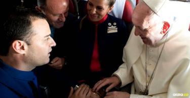 Los dos tripulantes del vuelo de la compañía son Carlos Ciuffardi y Paula Podest Ruiz | AFP