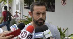 Matías Mier anuncia a los medios su salida de Junior. | Al Día