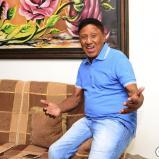 Silvio Brito es un hombre que vive feliz en la tranquilidad de su hogar en Valledupar.