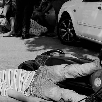 La Sijín realizó el levantamiento del cuerpo y estarán a cargo de la investigación. El sospechoso recibió el tiro en la cabeza. | ALDIA