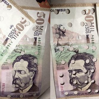 Vanessa Eusse publicó la imagen de los dos billetes falsos en su cuenta de Facebook con un post que denunciaba lo sucedido.