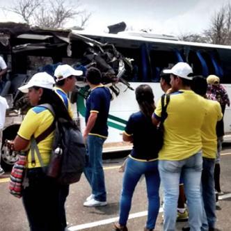 Hasta el momento las autoridades han reportado 10 heridos, tres de gravedad y siete con contusiones menores. | Twitter