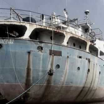 Este es el barco de los espantos o los difuntos, cuyo aspecto se presta para acrecentar su leyenda | Archivo