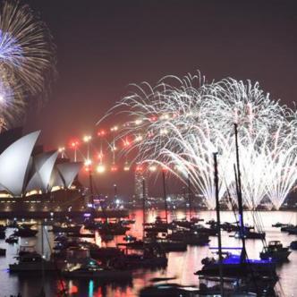 Juegos pirotécnicos en Nueva Zelanda en recibimiento del nuevo año.   AFP