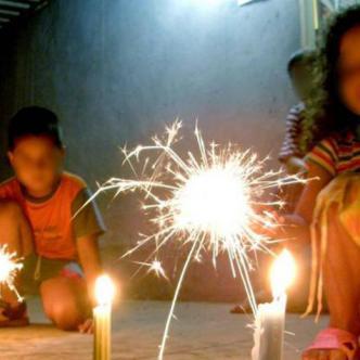 Candelita, fue un niño que murió quemado con pólvora y que ha pena en esta temporada festiva.