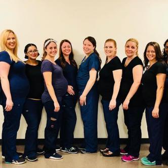 15 de las 16 mujeres que están embarazadas en un hospital en Arizona.   Tomado de Facebook.