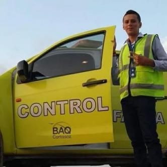David Villamizar Viña es biólogo oriundo de Sincelejo, encargado de supervisar el control de fauna de la terminal aérea. | Al Día
