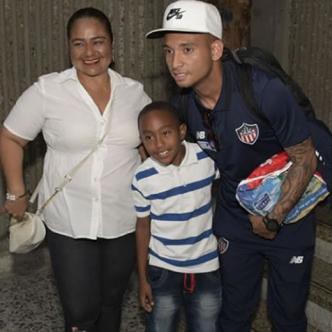 Jarlan Barrera llegando a Barranquilla. | Al Día