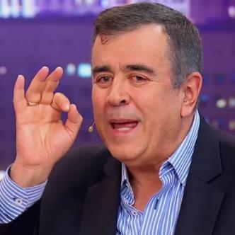 Morales le preguntó al reconocido periodista deportivo Javier Hernández Bonnet que qué información tenía sobre las mujeres que estaban involucradas en el lío con los futbolistas