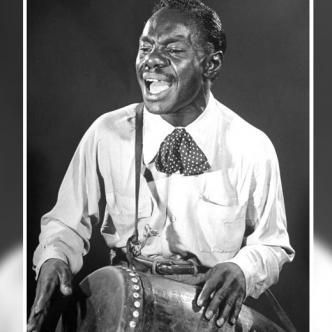 El percusionista Luciano 'Chano' Pozo González, nació  el 7 de enero de 1915 en La Habana (Cuba) y murió el 3 de diciembre en New York.