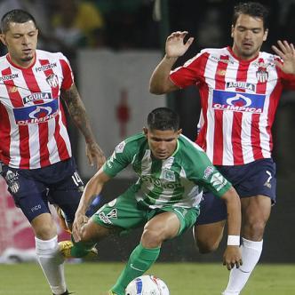 Acción del juego del jueves pasado en que Nacional se impuso 1-0 ante Junior en el Atanasio Girardot.