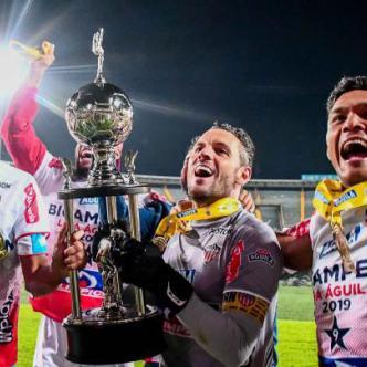 Celebración del título de la Liga Águila I.