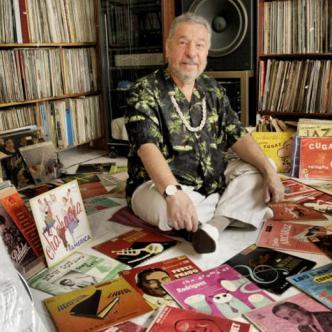 Rodeado de música, así es la cotidianidad del coleccionista y melómano César Pagano. | Cortesía