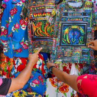 Los amantes de los picós podrán encontrar su camiseta en el Centro. | Josefina Villarreal