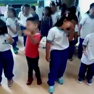 Un grupo de niños estaba cantando 'Maldita Canción' de Alzate y el video se volvió viral | Captura de pantalla Twitter