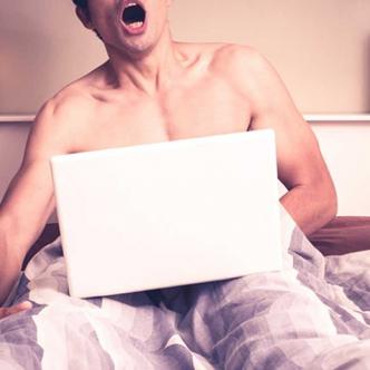 El joven relata cómo empezó a consumir pornografía desde los 14 años | Al Día