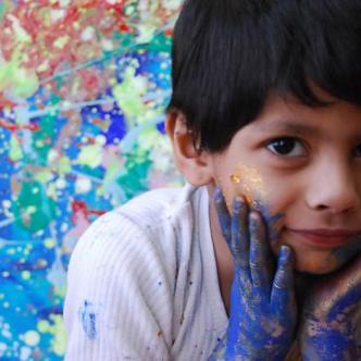 Según su madre el niño empezó a pintar desde los 8 meses de edad | Al Día