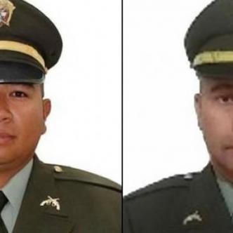 El subintendente Rafer Stith Baldovino Muñoz y el intendente Alexander de Jesús Hernández Álvarez. | Al Día
