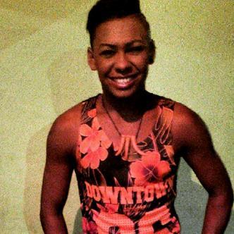 Además de ser defensa en su equipo de fútbol, Nilson es bailarín en el grupo folclórico 'Fusión Afrolatino' | Instagram