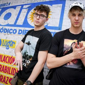 El bielorruso Pavel Paduta (izq.) y el ruso Álex Vidryn conforman el dúo Hustle Season. | AL DÍA