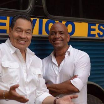 Tito Nieves (izq.) y Sergio George iniciaron sus carreras con el Conjunto Clásico.