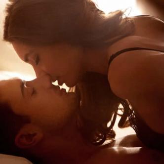 Don Juan Casanova aconseja a sus lectores renovar el repertorio sexual para este 2018 | Glamour