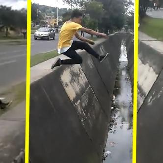 Intentó saltar de extremo a extremo en un riachuelo en Bogotá | ALDÍA.CO