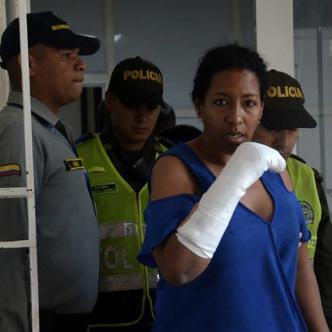 Al parecer el hombre la había atacado, le pidió perdón y luego se apuñaló dos veces en el pecho | Cortesía y Lorena Henríquez