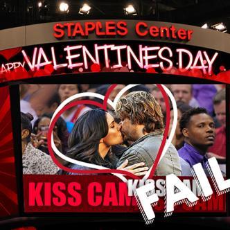 Los KissCam son muy famosos en Estados Unidos en  loo partidos de Fútbol Americano o Baloncesto.