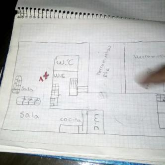 Este fue el cuaderno escolar que encontró la policía con detalles del crimen | Foto: CNN