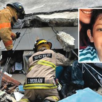 El cadáver del niño colombiano José David Eras fue encontrado por bomberos entre los escombros de un hotel. | Foto: EFE