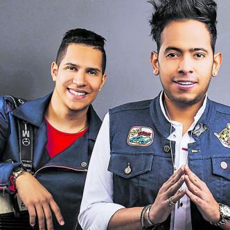 Orlando Liñán y Mirito Castro promocionan su canción 'Fiesta'.